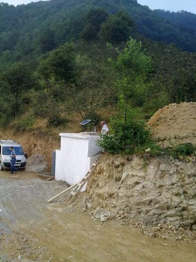 Karaca kayadaki su deposu Çatak' a can vermeye başladı.