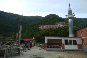 Çatak Köyü Yeni Camii Yardımlarınızı bekliyor.